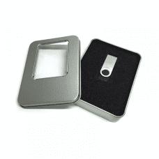 16GB USB ključek + Aluminium škatlica za USB ključke
